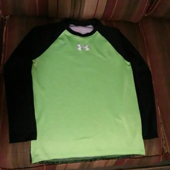 23e3e7ca Boy's Long Sleeve UNDER ARMOUR Shirt